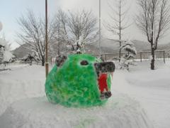 雪像作り(メロン熊)